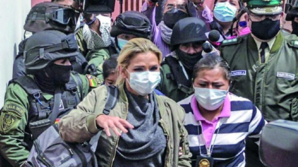 Ribera: Una audiencia definirá el miércoles si Jeanine Áñez será juzgada por un juez común