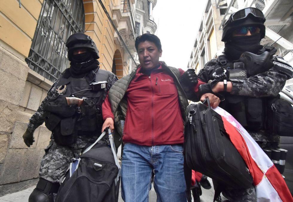 Desalojan a dirigentes de Comcipo de piquete de huelga en La Paz