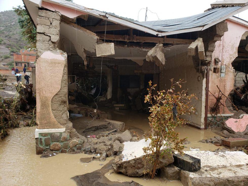 Pobladores comparten imágenes tras riada en Cotagaita