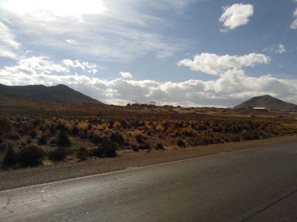 Cerca de 20 ingenios mineros operan en la parte posterior del Cerro Rico de Potosí