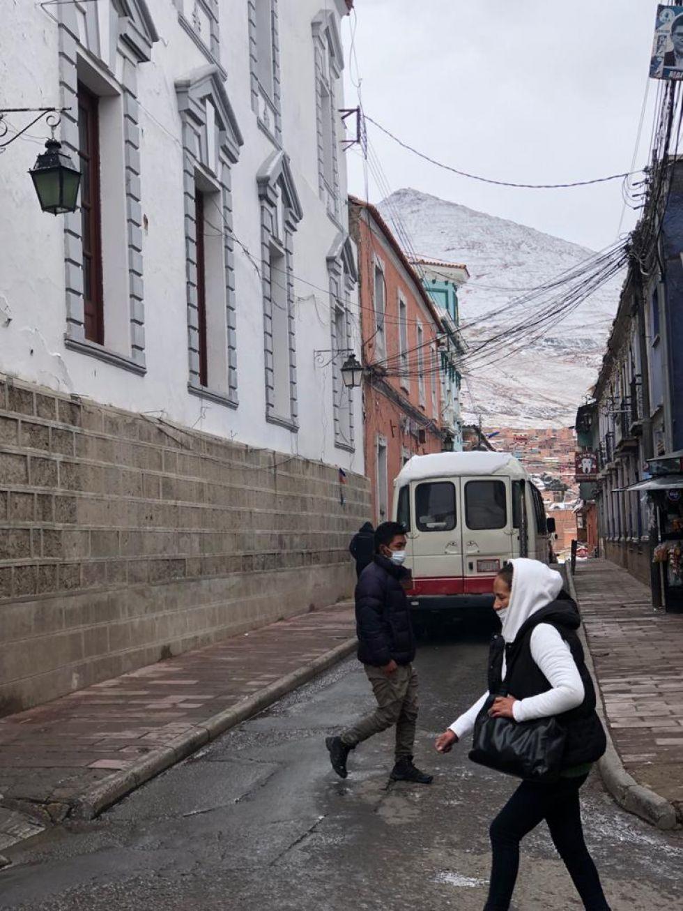 El paisaje turístico de Potosí cubierto de blanco.